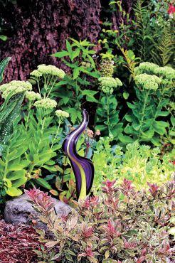 Debbie Teashon's Rainy Side Garden