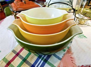 The Pyrex Museum has on display one-of-a-kind, vintage Pyrex cookware.