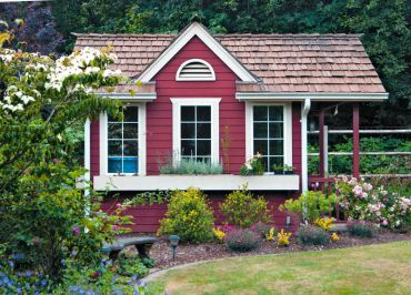 Potting shed/dog house