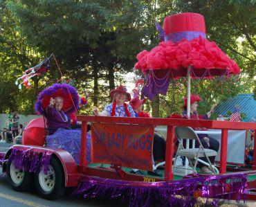 Fathom O Fun parade