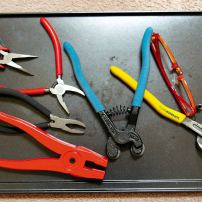 A selection of different breaking pliers and nippers.