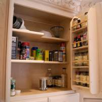Built-in spice rack