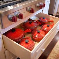 Pull-out pan drawer under stove