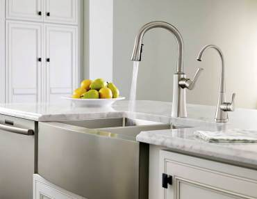 Moen Apron front sink with Etch single lever faucet and transitional Sip filtered water dispenser
