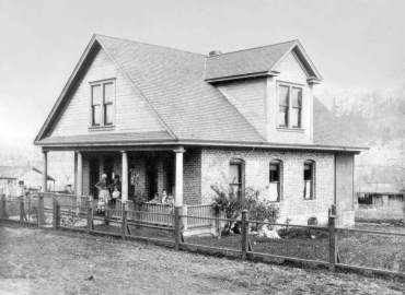 Skansie Brothers home (Photo courtesy Harbor History Museum)