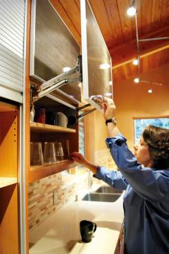 Simple Tips for Organizing Your Kitchen