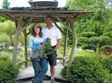 Rosedale Gardens — Scott and Lyn Junge love every aspect of their business.