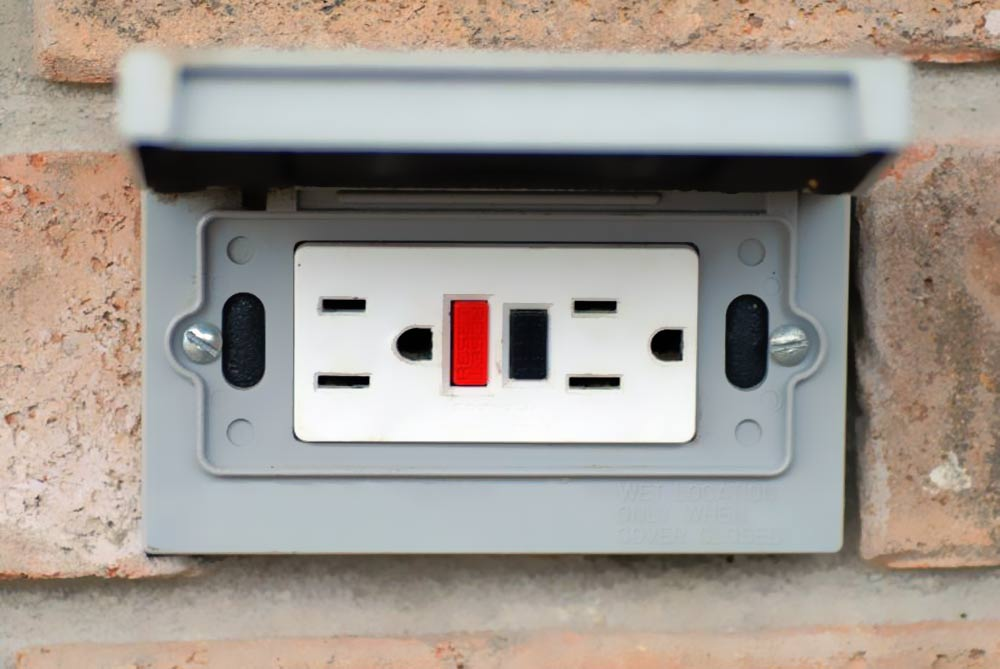 Wshg net blog holiday decorating begins when you build or remodel at home december 15 for Exterior electrical outlet box