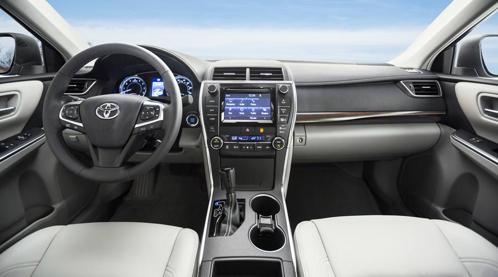 charging wireless auto show york qi com with camry automotive lcd new debut toyota comes f pad image interior se