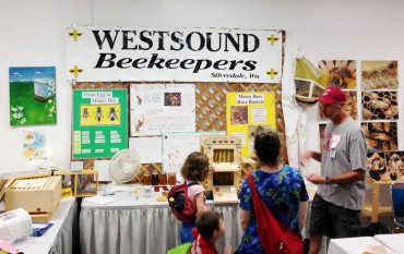 West Sound Beekeepers Display at the Kitsap Fair in open class horticulture