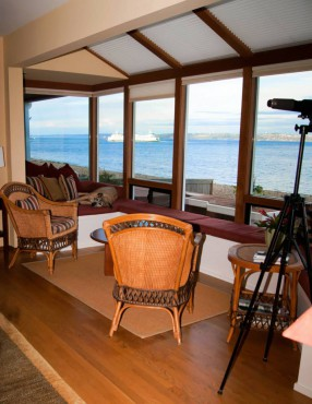 Seattle as Living Art — A Rockaway Beach Home