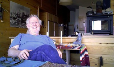 Steiner in his dining room with kitchen in the background (the interview)