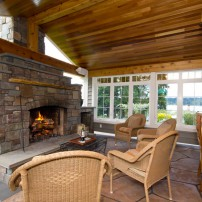 A Warm and Inviting Outdoor Space