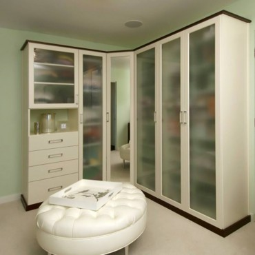 A formal closet design by Beverly Bradshaw Interiors (Photo courtesy Gregg Krogstadt)