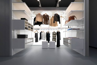 Automated revolving closet hanging rack by Dynamic Closet