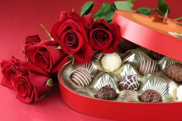 valentines roses and chocolates