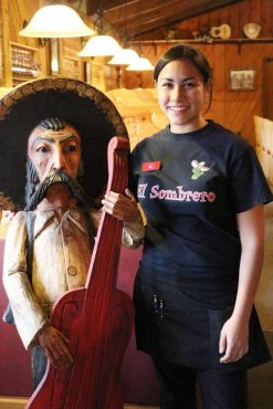 El Sombrero - De la Cruz's daughter, Ariana