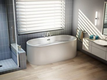 Stanza Aria freestanding bathtub by Fleurco