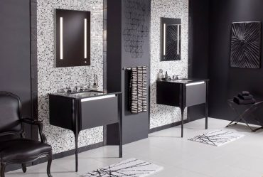 Robern Balleto vanity with LED lighted mirrors