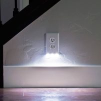 Duplex with built-in guide light by SnapPower