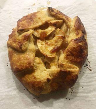 Baked Rustic apple galette