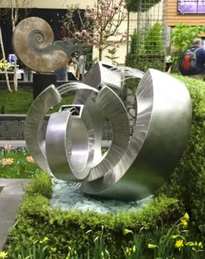 Ulrich Pakker sculptures and fountains are made of stainless steel in Seattle.