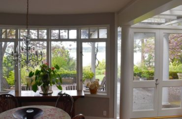 Dining room overlooks the terrace.