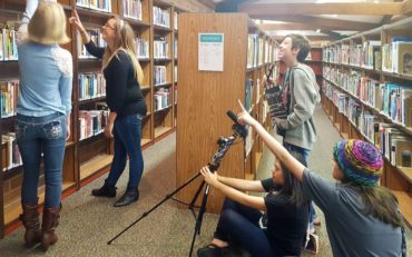 Digital movie making with iPad kits at the Bremerton Branch of Kitsap Regional Library (Photo courtesy Megan Burton)