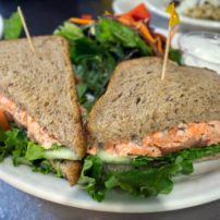 Smoked salmon on rye
