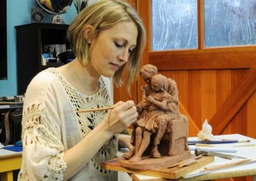 Internationally Known Sculptor Mardie Rees