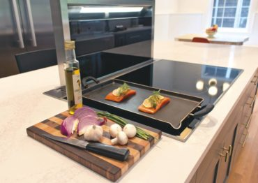 Miele downdraft system lights up and can disappear when not in use