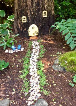 Nina Dreyer's fairy garden