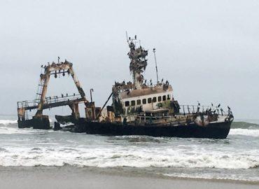 Skeleton Coast wreck of the Zelia India