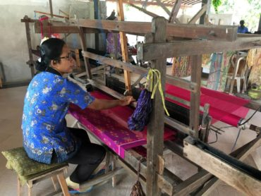 Women weaving beautiful textiles, Ubud