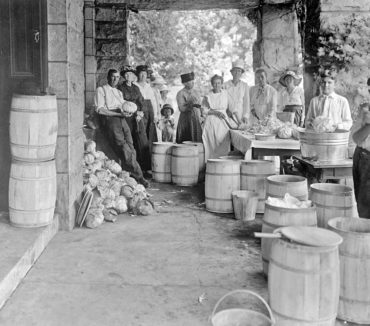 """This photo, which is now part of the Library of Congress/National Photo Company Collection, ran in the Washington Post on May 31, 1918, with an article headlined """"Sauerkraut Is Not German"""" with the subhead """"Dutch, Says Food Administration, Urging Patriots to Eat More of It."""" (Photo courtesy Library of Congress, National Photo Company Collection)"""