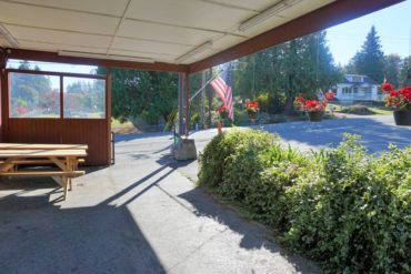Front patio, Southworth Grocery