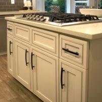 Convenient storage on both sides of the kitchen island