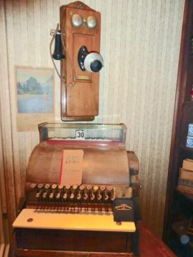 Old phone and cash register