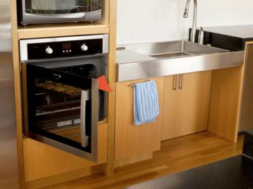 Side-hinged wall oven for easy access from a wheelchair (Photo courtesy Studio Rom)