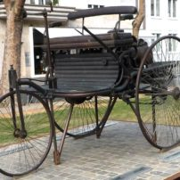 A memorial to Karl Benz in Mannheim, Germany, includes a Motorwagen sculpture.