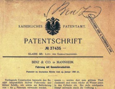 The first lines of the registration of the patent for the Motorwagen, filed in the fuel-powered vehicles category. The first lines read: Patent number: 37435. The purpose of the presented construction is to be a light vehicle.