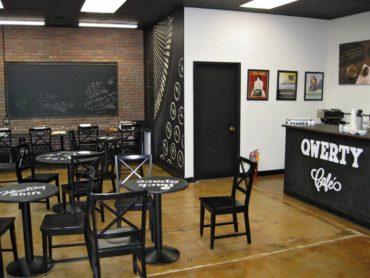 Qwerty Café