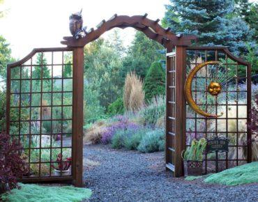 Arbor entrance to Susan Erickson's Sun Garden
