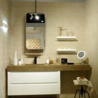 Natural sandstone in a porcelain tile