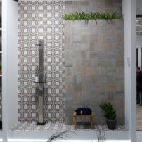 Mix-and-match tile
