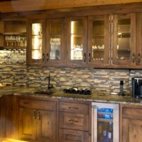 The kitchen speaker system is another example of how a low-profile appearance can still satisfy any music enthusiast.
