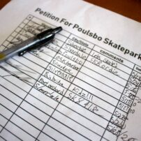 Sign-up sheet to support a new skatepark in Poulsbo