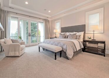 Design impact with upholstered bed