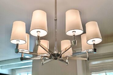 Chandelier with clip-on shades