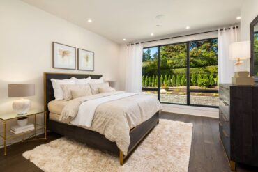 Bedroom luxury (Photo courtesy Clarity NW, claritynw.com)